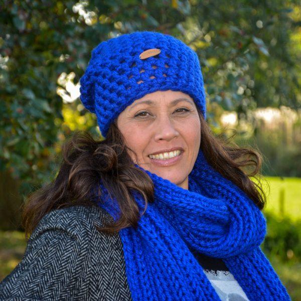 STOBBIES beanie en shawl blauw sfeer
